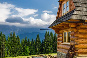 Book Your Perfect Yellowstone National Park Cabin Getaway :: Discover a hand-picked selection of cabin resorts, rentals, and getaways in Yellowstone National Park.