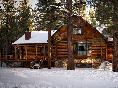 Yellowstone lodging national park places to stay alltrips for Mammoth mountain cabins pet friendly